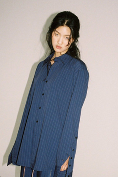 STRIPE SLIT LONG SHIRT(NA)